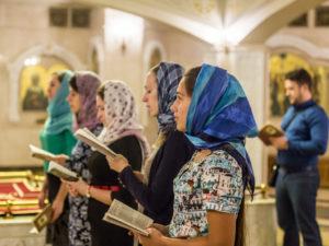Молодежные встречи в храме Иверской иконы Божьей Матери